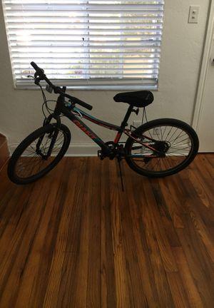 Giant xtc mountain bike 24 inch for Sale in Miami, FL
