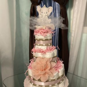 Beautiful Baby Diaper Cake Elephant Baby Girl Baby Boy Cake for Sale in Los Angeles, CA