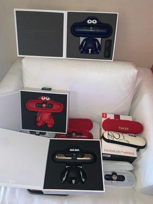 Beats studio wireless speakers for Sale in Los Angeles, CA