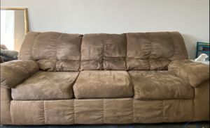 Couch and sofa for Sale in Atlanta, GA