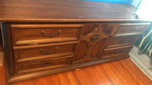 ***FREE DRESSER*** for Sale in Dearborn, MI