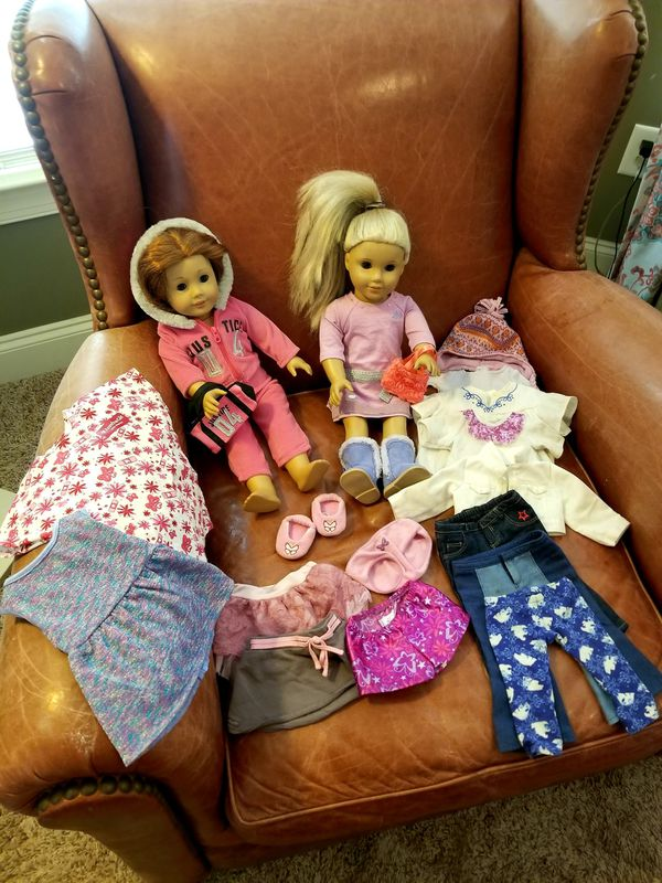 SET of 2 American Girl Dolls