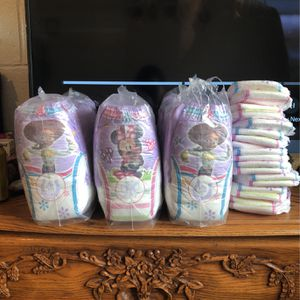 2T-3T Huggies Pull-ups For Girl for Sale in Henderson, NV