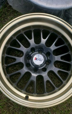 F1R rims 15inch four log universal for Sale in Kissimmee, FL