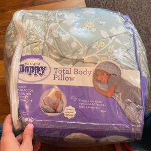 Nippy Total Body Pillow for Sale in Scottsdale, AZ