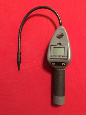 Freon Leak Detector JB Industries LD5000 Prowler in excellent condition for Sale in Phoenix, AZ