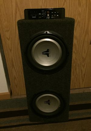Amplifiier and speaker for Sale in Tacoma, WA