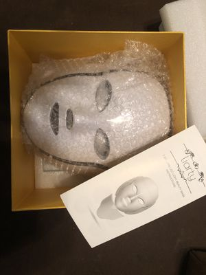 Liarty led mask skin treatment for Sale in Independence, MO