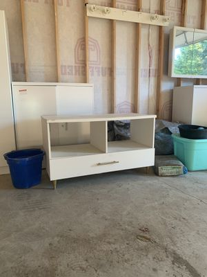 Entertainment Stand, TV Stand, Cabinet for Sale in Snohomish, WA