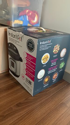 BRAND NEW INSTANT POT MULTIFUNCTION for Sale in Los Angeles, CA