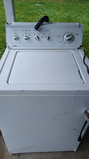 Free Kenmore 80 series washer for Sale in Kent, WA