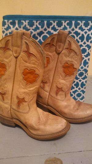 Girls leather cowboy boots size 11 for Sale in Nashville, TN