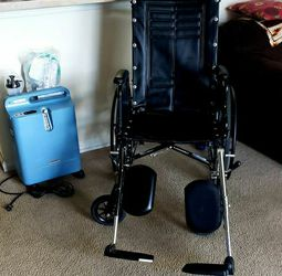 Wheelchair + Oxygen Concentrator for Sale in Clearwater,  FL