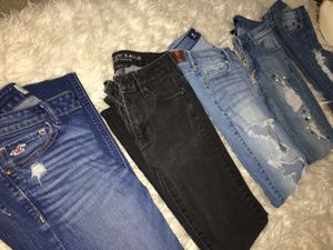 Denim Jeans (Hollister, American Eagle, Hollister, bamboo, and brand new blue spice pearl jeans) all size 3 lightly worn and no damage 🙌 for Sale in Menifee, CA