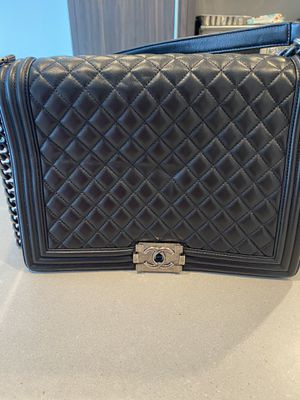 Chanel jumbo lamb skin boy bag for Sale in Los Angeles, CA