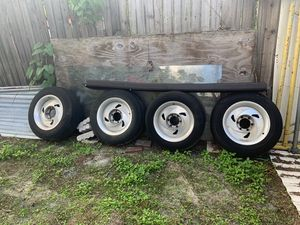 Nissan Frontier rims (16in) w/tires 6 lug for Sale in Tampa, FL