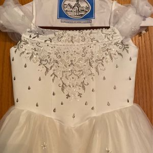 Mary's Bridal Flower Girl Dress / Communion Dress Size 10 for Sale in Romeoville, IL