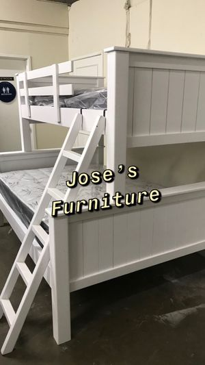 SOLID WOOD TWIN OVER FULL BUNKBED for Sale in Paramount, CA