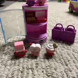 Shopkins Valentine's day Collection for Sale in Tabernacle, NJ