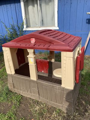 Playhouse for children $75 Fresno for Sale in Fresno, CA