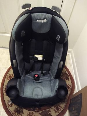 Used car seats fifty dollars each are two for 80.00 for Sale in Germantown, MD