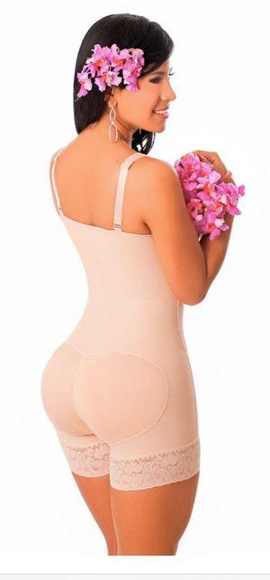 Salomé 0215 Full body shaper for women. New Size:L Beige for Sale in White Plains, NY