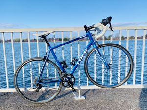 Trek 1.2 Road Bicycle 🚲 for Sale in Washington, DC
