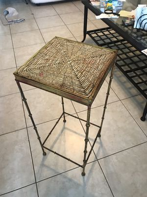 Small table for Sale in Fort Lauderdale, FL