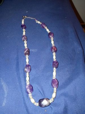 Purple amethyst necklace in great shape . clasp is sterling silver . price can be flexible and delivery is available for Sale in Lacey, WA