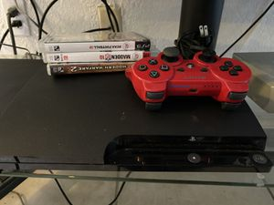 PS3 with controller and games for Sale in Lauderhill, FL