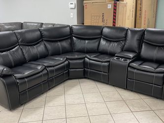 Black Leather Recliner Sectional for Sale in Irving,  TX