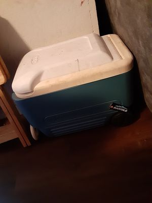 Cooler for Sale in Houston, TX