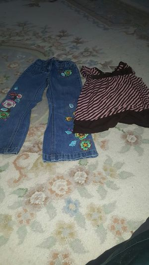 Clothes for kids size 5 for Sale in Kent, WA