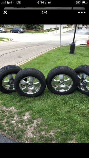 Rims and tires Acura MDX for Sale in Bloomingdale, IL
