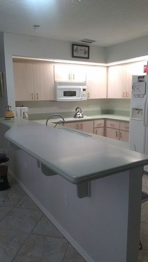 Kitchen cabinets and appliances for Sale in Summerfield, FL