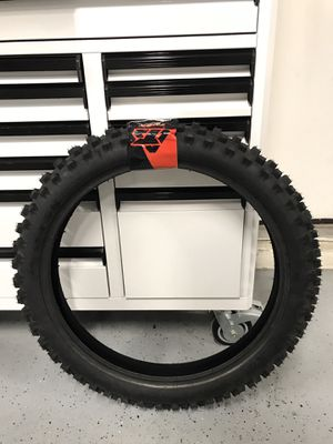 New Recon Hybrid fat tire 90/100/21 5star rated tire for Sale in Las Vegas, NV