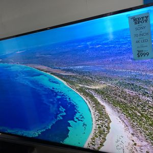 70 INCH 4K ULTRA HD LED SMART ANDROID TV SONY 690E for Sale in Los Angeles, CA