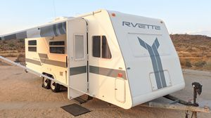 RVette , Remodeled Areolite. 25ft, One of a Kind and Clean Glamper for Sale in Phoenix, AZ