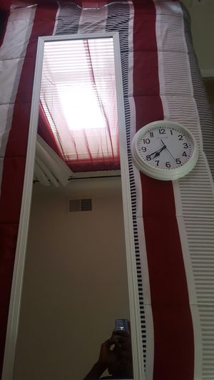 White mirror and wall clock for Sale in Woodlawn, MD