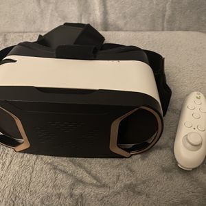 VR Headset (Virtual Reality) for Sale in Gaithersburg, MD