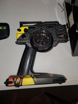 2 airtronics m11x 2.4 for Sale in Corona, CA