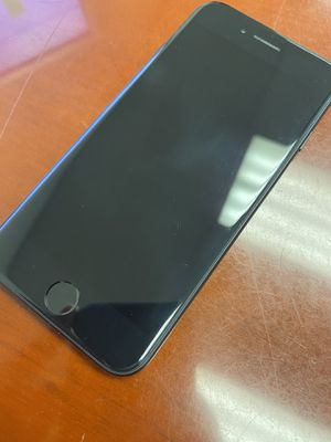 iPhone 7 - t mobile for Sale in Riverside, CA