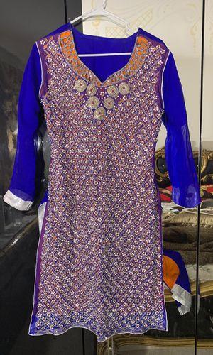 Ladies fancy dress for Sale in Lake Ridge, VA
