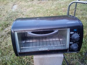Black & Decker toaster oven for Sale in Luttrell, TN