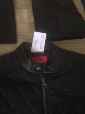 Guess men's coat size small for Sale in Washington, DC
