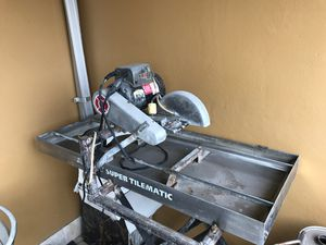 Target SuperTilematic wet saw for Sale in Miami, FL