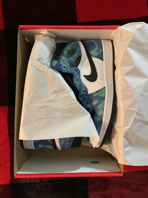 Tie dye sizes 6 and 7 DS for Sale in San Mateo, CA