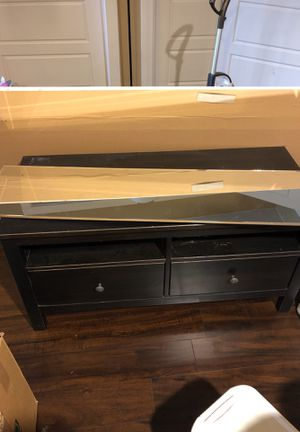Tv stand and 2 end tables for Sale in Austin, TX