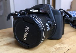 Nikon Coolpix P520 w/ adapter and extra rechargeable battery for Sale in Los Angeles, CA