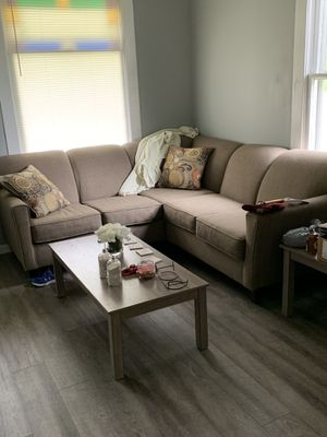 Sectional set for Sale in Harrisburg, IL